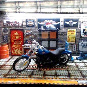 Diorama Harley Modelo 8