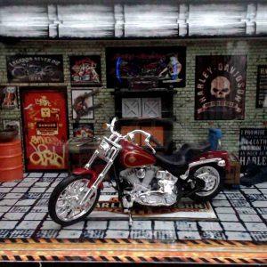 Diorama Harley Modelo 10