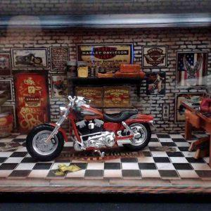 Diorama Harley Modelo 12