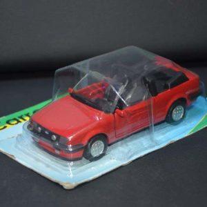 Miniatura Escort Xr3 – 1982 – Vermelho – NA EMBALAGEM ORIGINAL