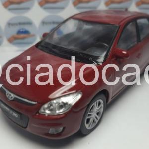 Hyundai i30 – Vinho – 1:38 – Welly